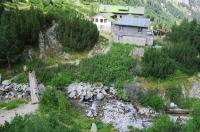 Surroundings of Vichren Hut