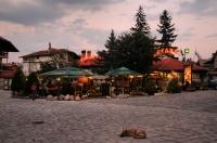 Vazraždane square, Bansko