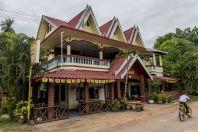 Hostel, Don Khong