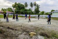 Maldivané hrající volejbal, Huraa