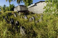 Hřbitov, Huraa