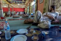 Oběd, na cestě mezi Islamabádem a Swat