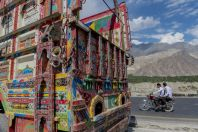 Kamiony, Karakoram Highway