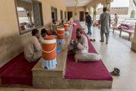 Oběd, na cestě mezi Faisalabad a Thal