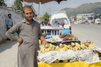 Sale of bananas, Abbottabad
