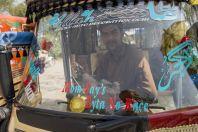Man in the car, Oghi