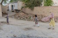 Děti, Shahbaz Azmat Khel