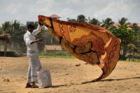 Seller on the beach, Negombo