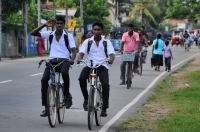 Cyclists, Negombo
