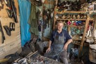 Shoemaker, Kelcyrë