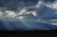 Mračna nad zasněženými vrcholy Pirinu